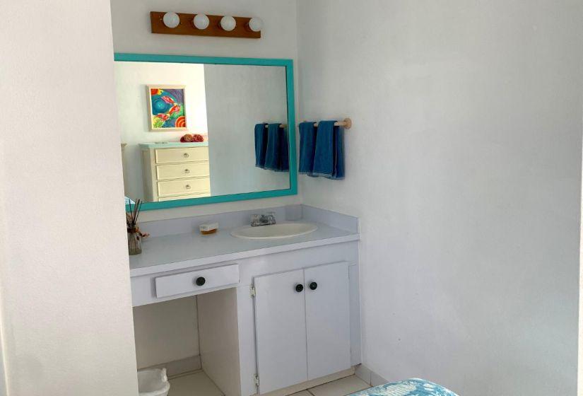 Guest Bedroom 1 Vanity